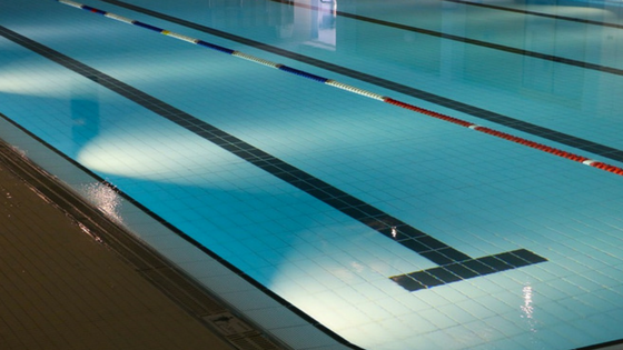 5 Myths About Indoor Pools and Lightning